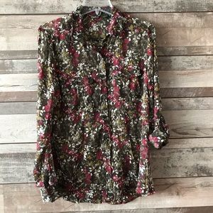 Eddie Bauer floral sheer green roll sleeve Lg.